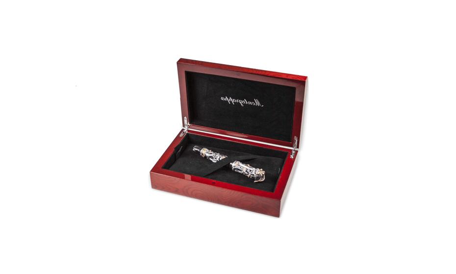 Чернильная ручка Montegrappa Le Культ Пиратов, черная смола, серебро, позолота  PIRATES-RB