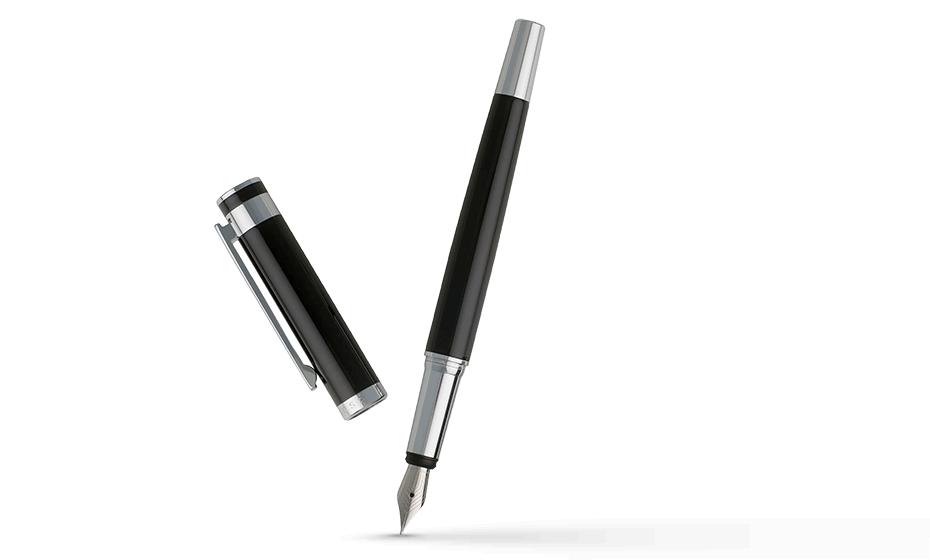 Перьевая ручка Hugo Boss Caption Classic, латунь, черный лак  HST7252