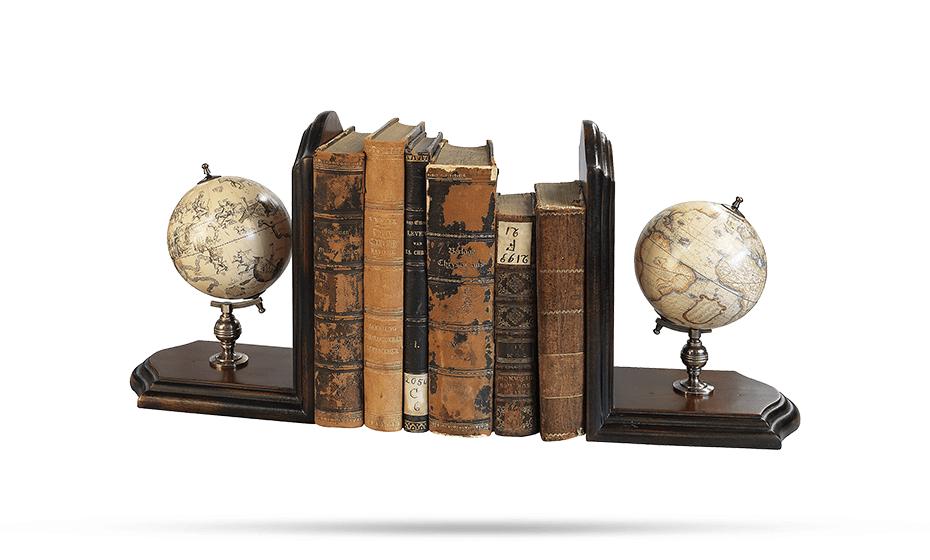 Подставка для книг Authentic Models Authentic Models, подставка для книг с двумя глобу  GL009F GL009F
