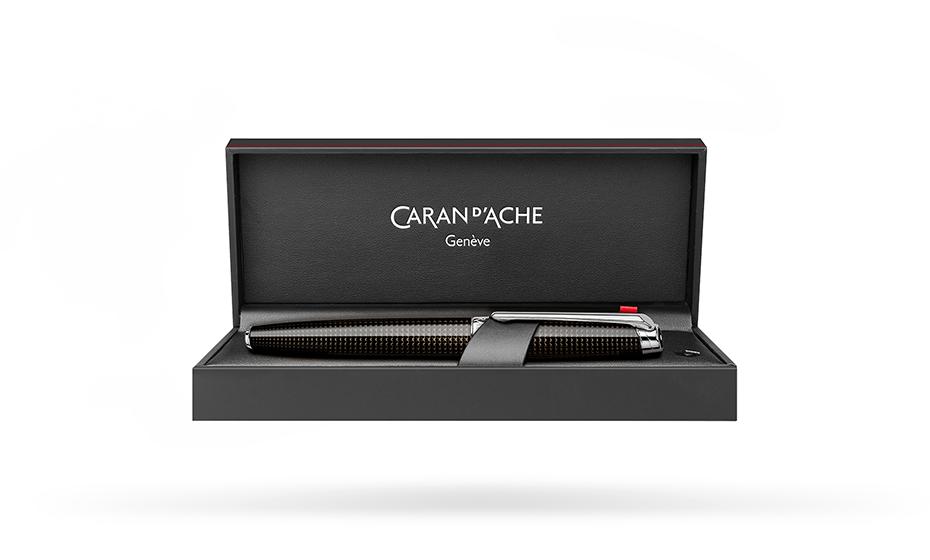 Чернильная ручка Caran d'Ache Caran d`Ache Leman De Nuit Special Edition, лак, р  4779-019