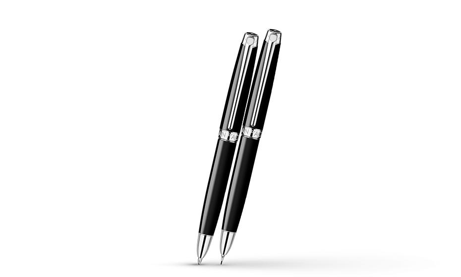 Шариковая ручка Caran d'Ache ювелирная латунь, черный полированный лак, отдельн  4759-782