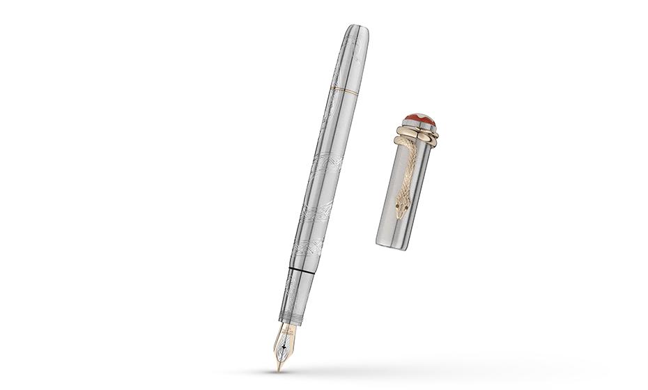 Перьевая ручка Montblanc металл с платиновым напылением, отделка- гравировк  116554