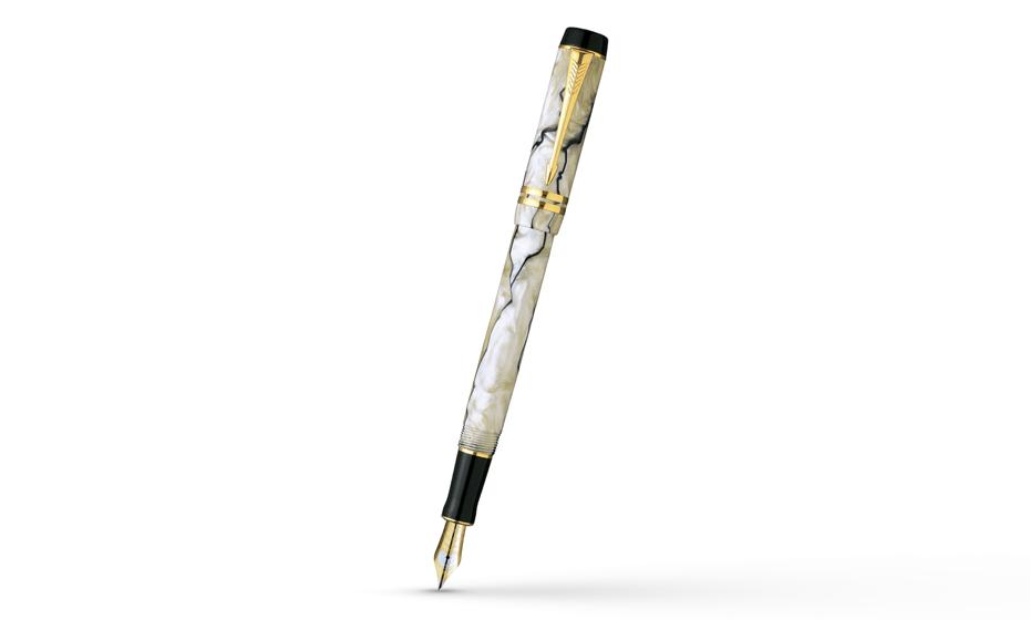 Перьевая ручка Parker Duofold International Pearl & Black GT, золото 18К  402.841.09