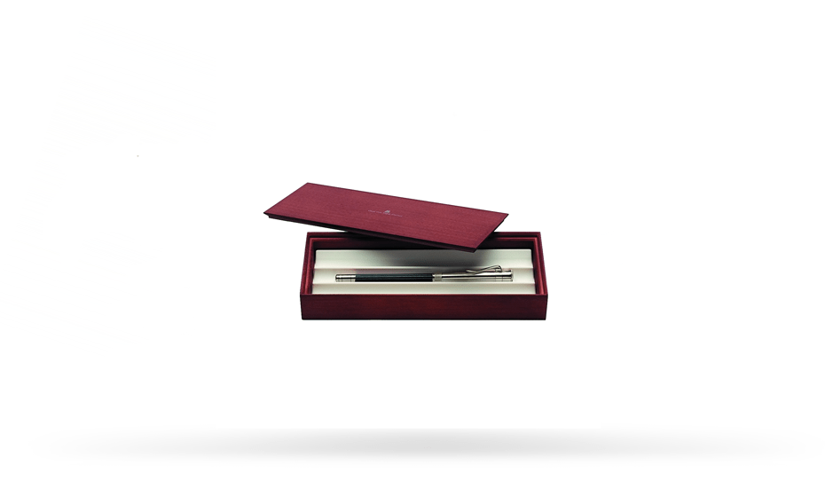 Карандаш Graf von Faber-Castell черный, встроенная точилка, колпачок, ластик, плат  118568