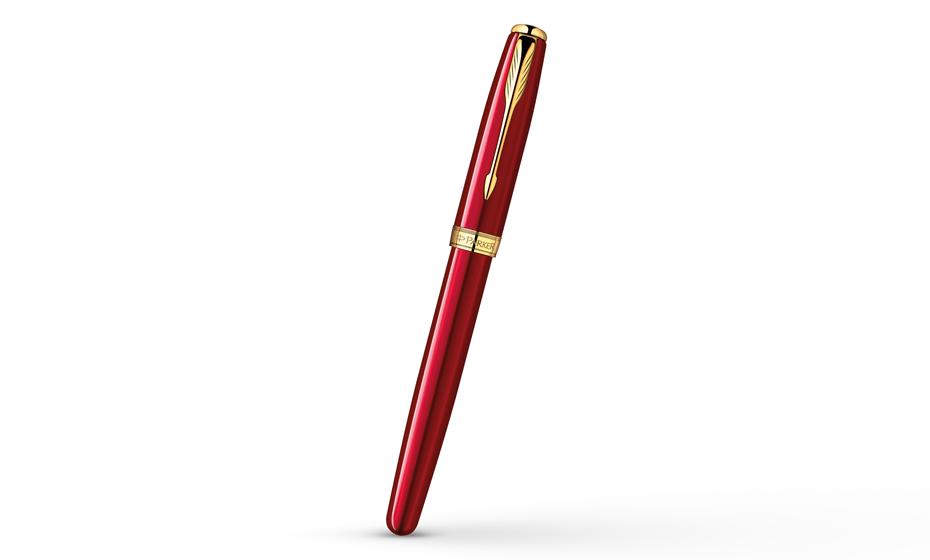 Чернильная ручка Parker Sonnet Lacquer Red GT, красный лак, позолота  1859471